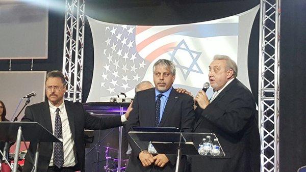 02Pro-Israel